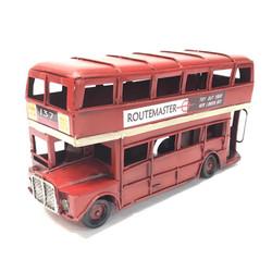double_decker_bus_£15