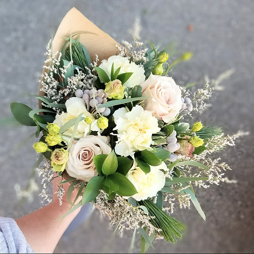 hand tied designer bouquet by harp and fin
