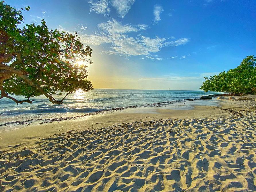 Aruba Beach Photo.jpg