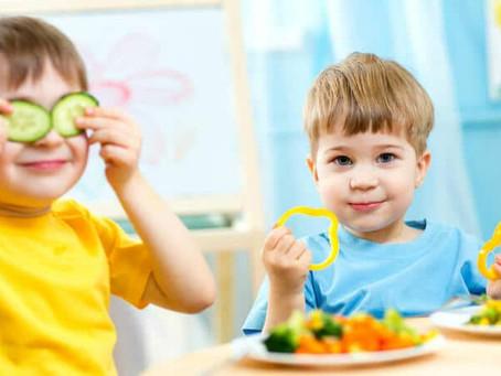 Pirâmide alimentar infantil: tem diferença?