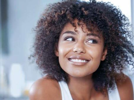 8 alimentos que te ajudam a ter cabelos mais fortes