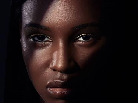 Maquiagem para pele negra: beauty artist ensina 5 dicas valiosas