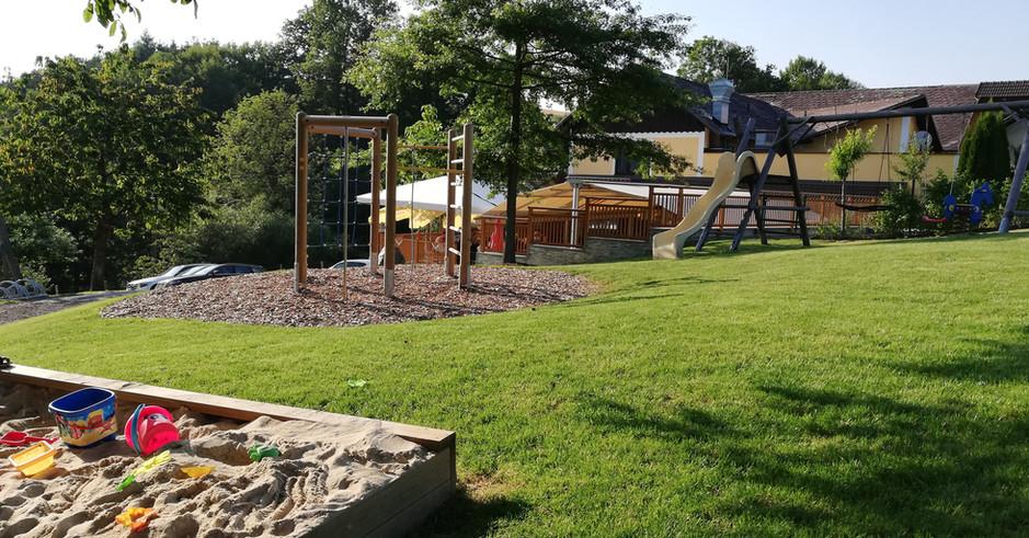 Garten _ Spielplatz