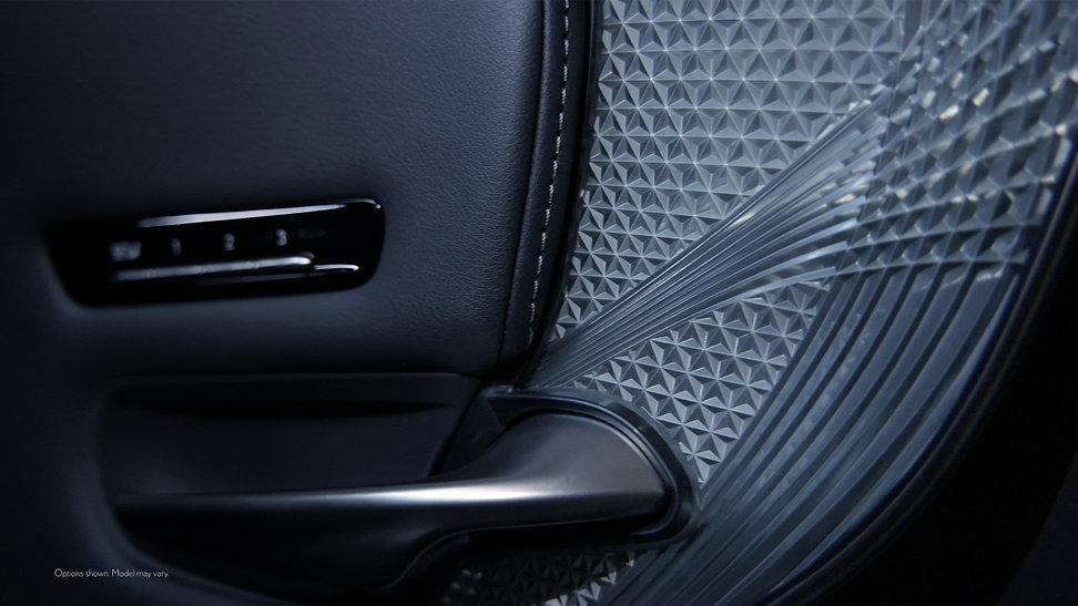 Lexus 12.jpg