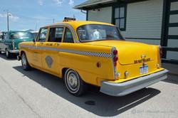 1975_checker_a11_taxi_2011_07.jpg