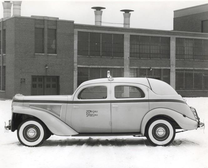 1940 Checker A Taxi