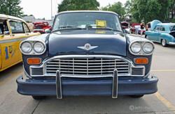 1980_checker_a11_sedan_custom_2011_01.jpg