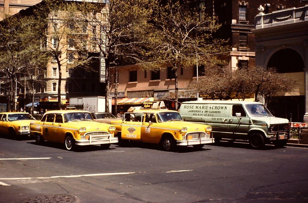 1980 Photo NY City Checker Cabs