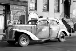 1939 Checker Model A - Street Scene