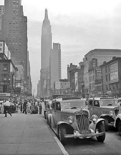 1935 Checker Model Y - NYC Empire State Bldg