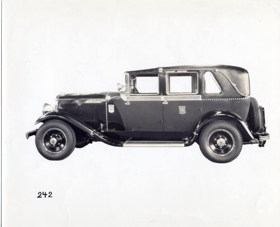 1929 Checker K Taxi