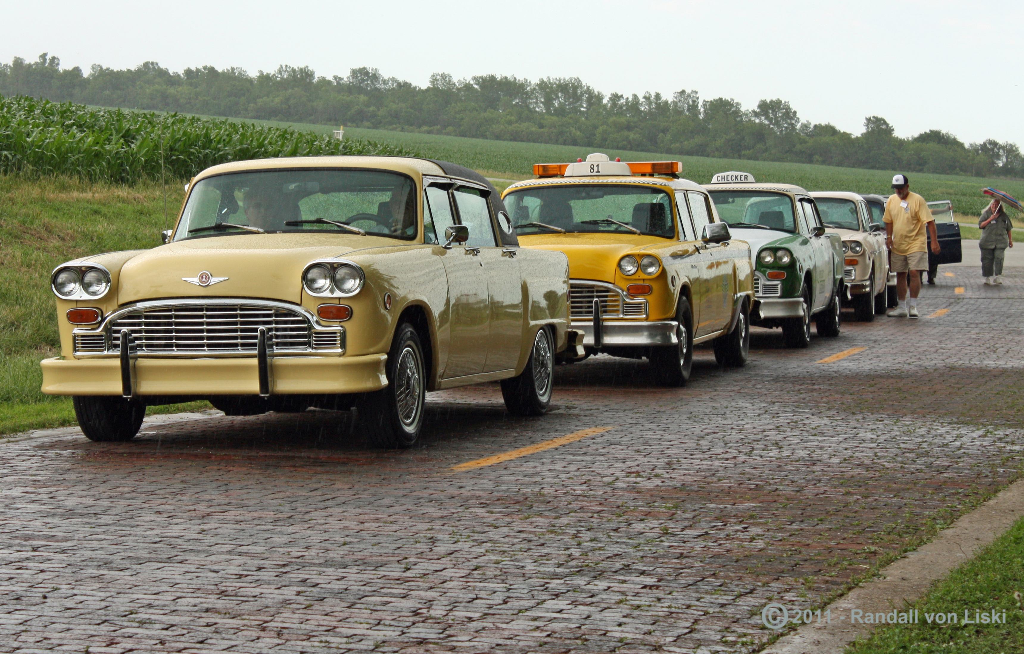 Checker Convention Group Shots-2011-09.jpg