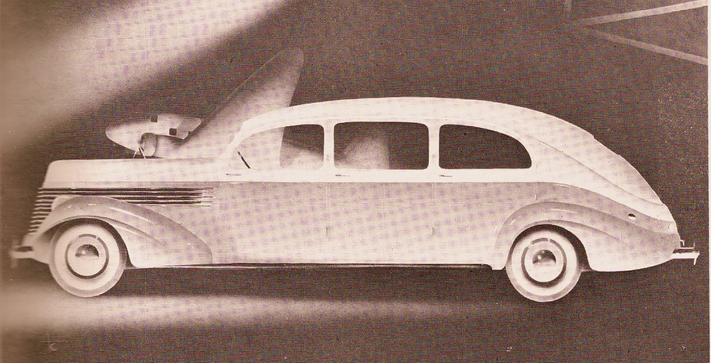 1946 Checker D Prototype 7 Passenger