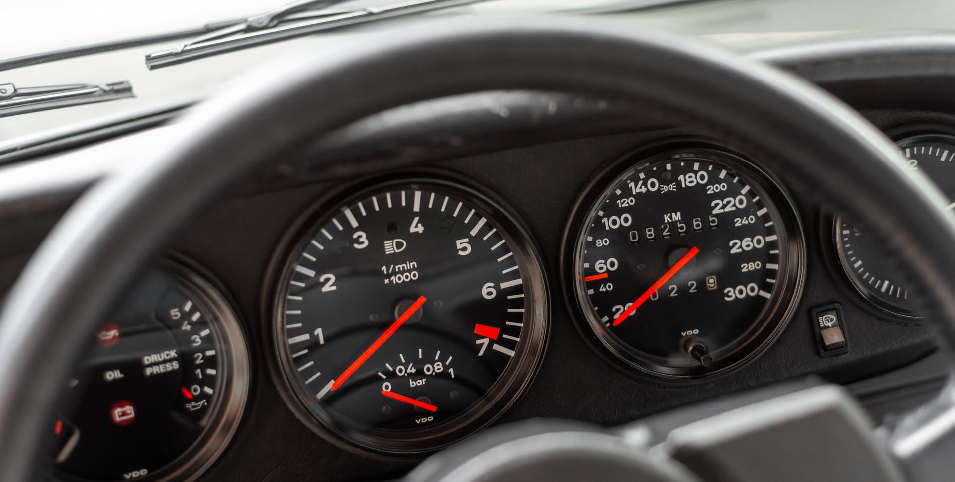 Porsche 930 Turbo_-15.JPG
