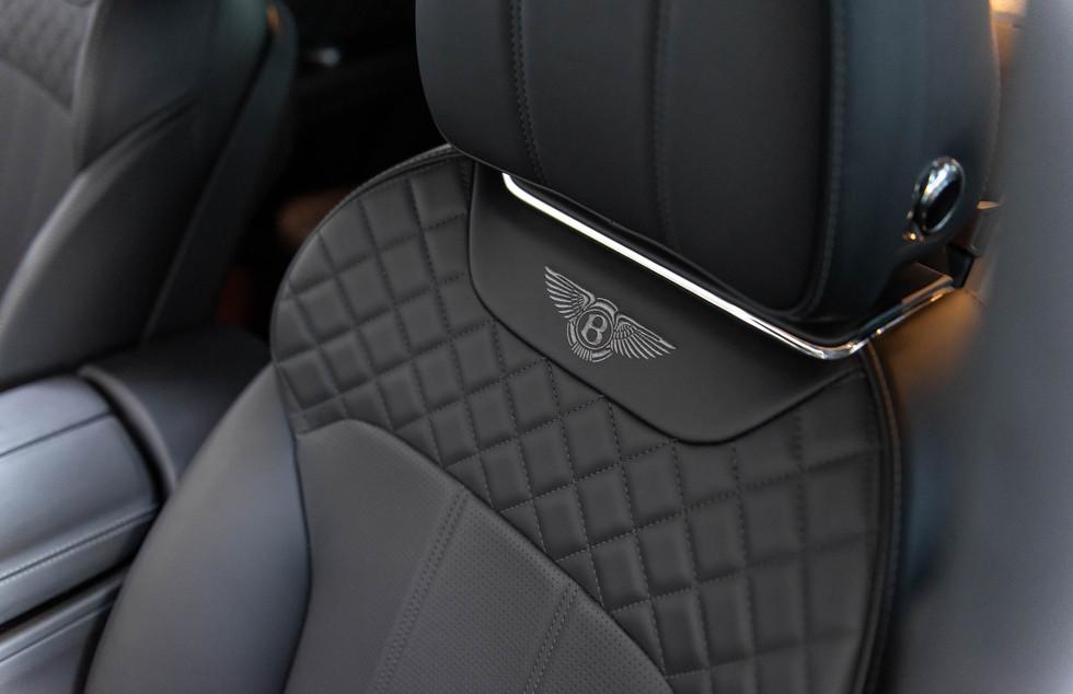 Bentley Bentayga-13.JPG