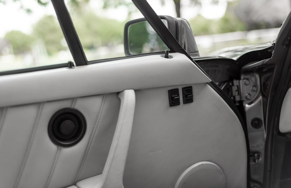 Porsche 930 Turbo_-6.JPG