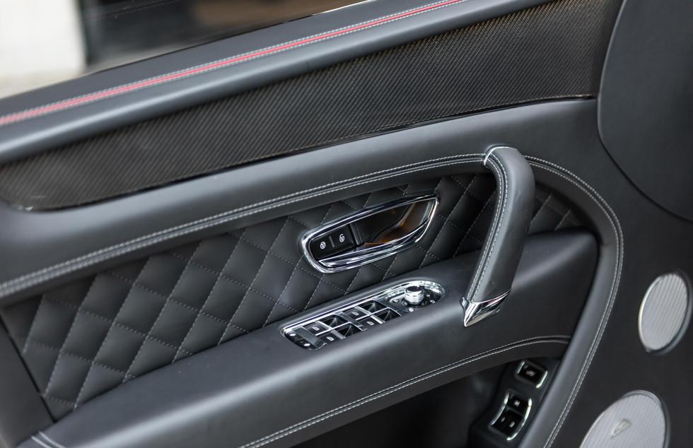 Bentley Bentayga-9.JPG