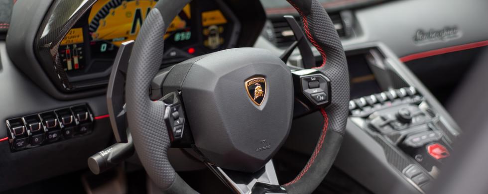 Lamborghini Aventador SV_-11.jpg
