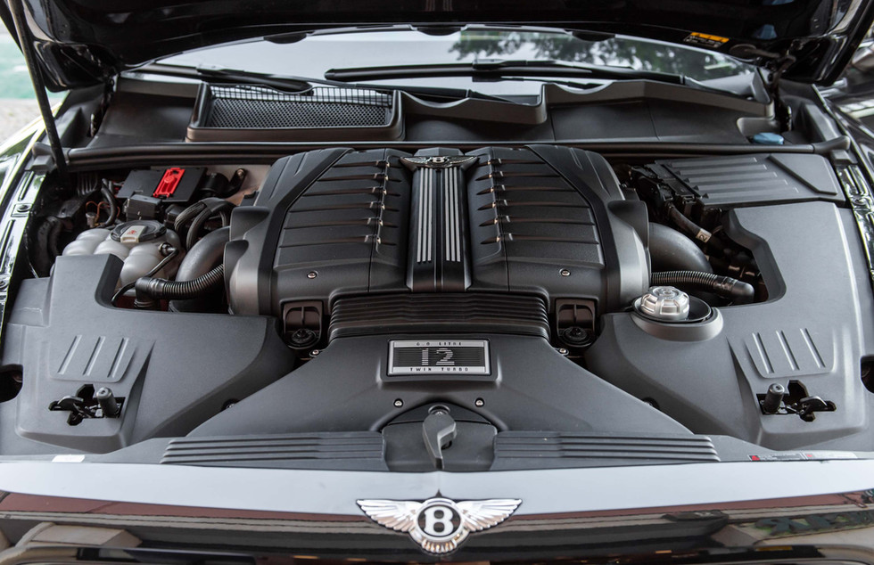 Bentley Bentayga-8.JPG