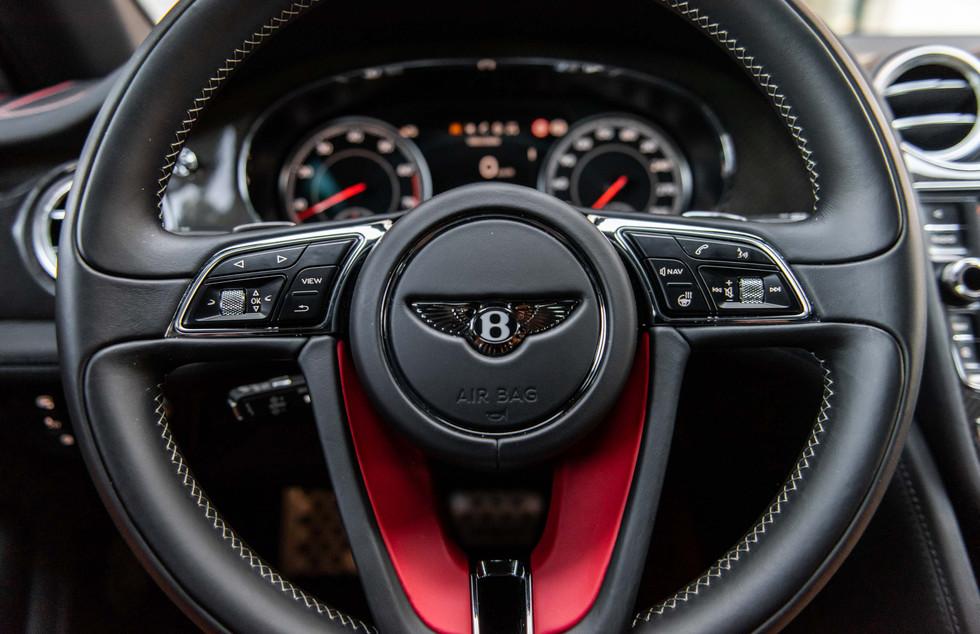 Bentley Bentayga-20.JPG