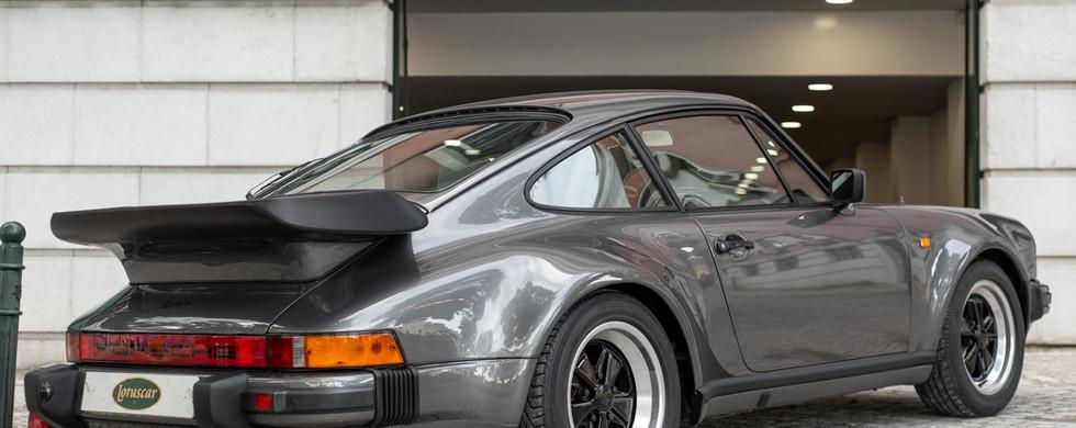 Porsche 930 Turbo_-22.JPG
