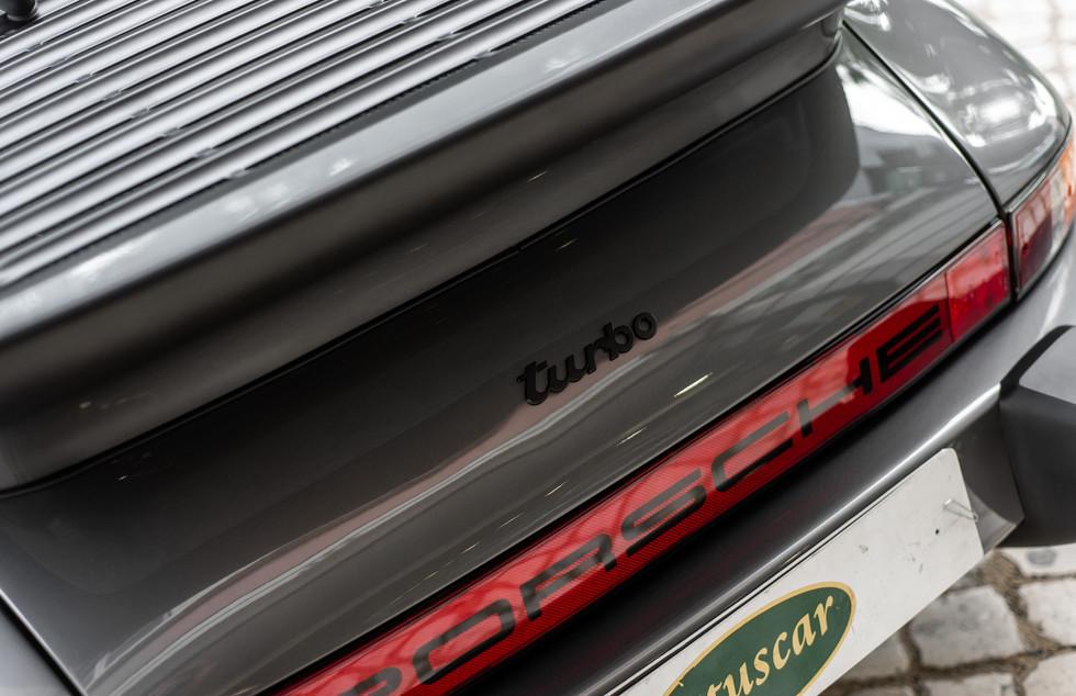 Porsche 930 Turbo_-2.JPG