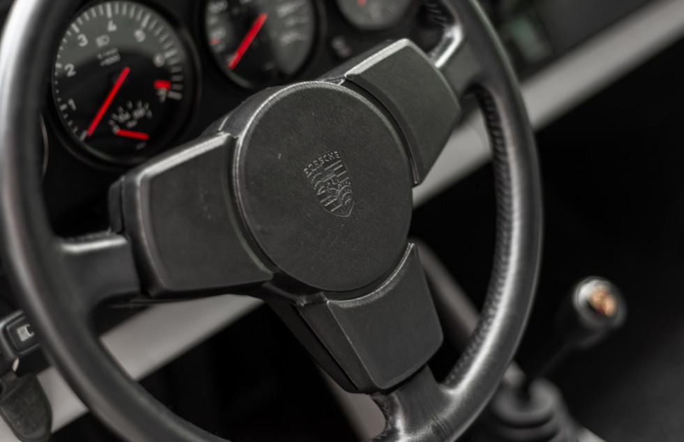 Porsche 930 Turbo_-8.JPG