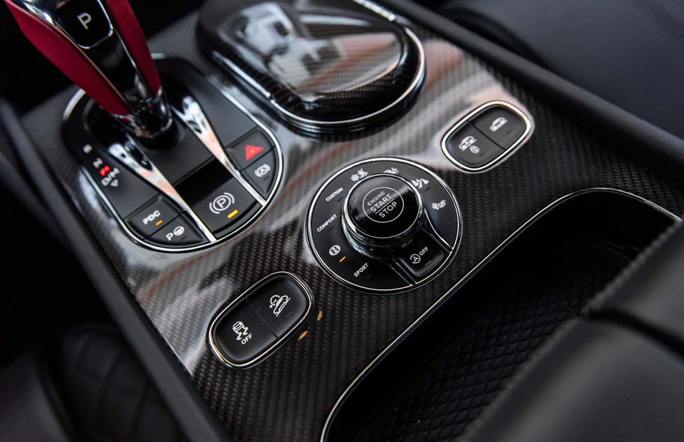 Bentley Bentayga-18.JPG