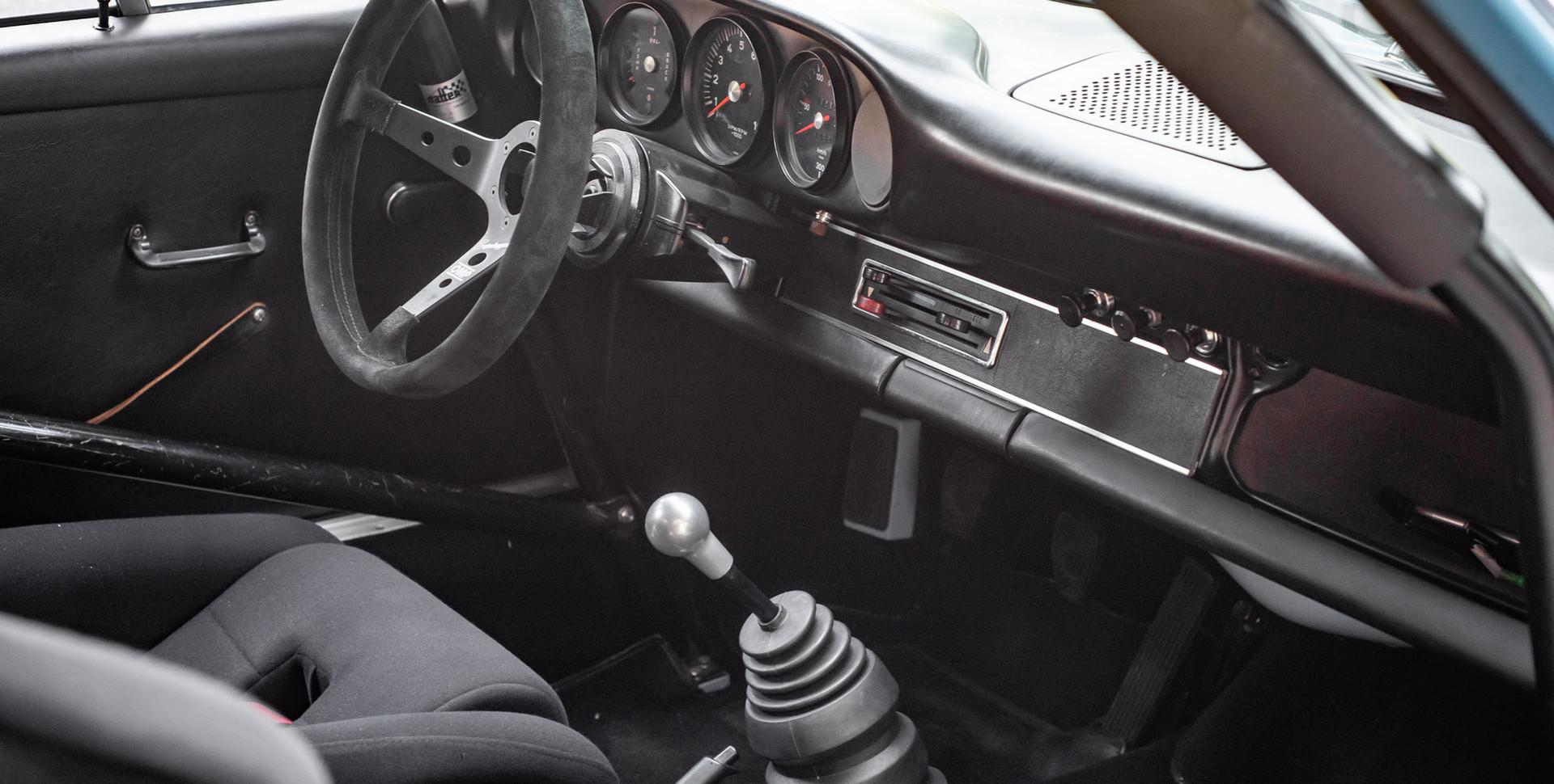 Porsche 911 2.7-15.JPG