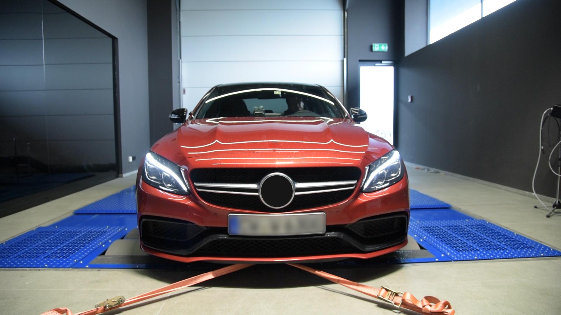 Mercedes-C63_Development_Workshop_HQ-Wartberg_Screenshot-2