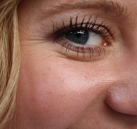 Does your skin feel oily and dry at the same time? Blackheads are worse and your lines look deeper?