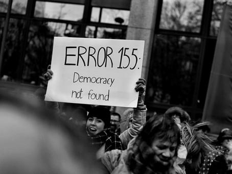La Política Ha Muerto. ¡Al Fin!