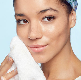 DON'T STRESS OUT ABOUT KEEPING A CLEAR COMPLEXION