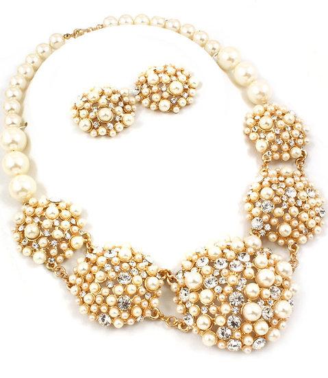 """Hannah"" Pearl & Crystal Necklace Set"