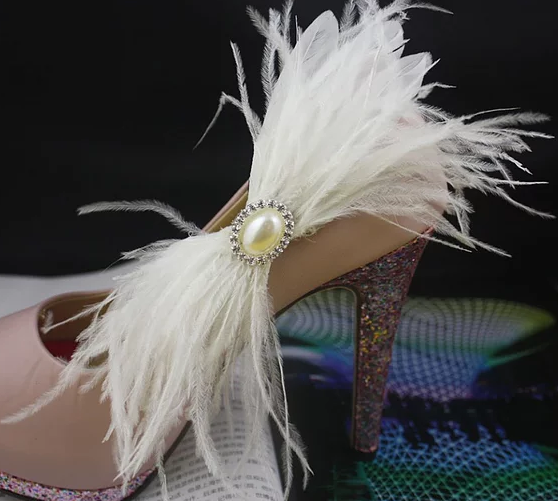 White Feather Crystal Pearl Shoe Clip (pair)