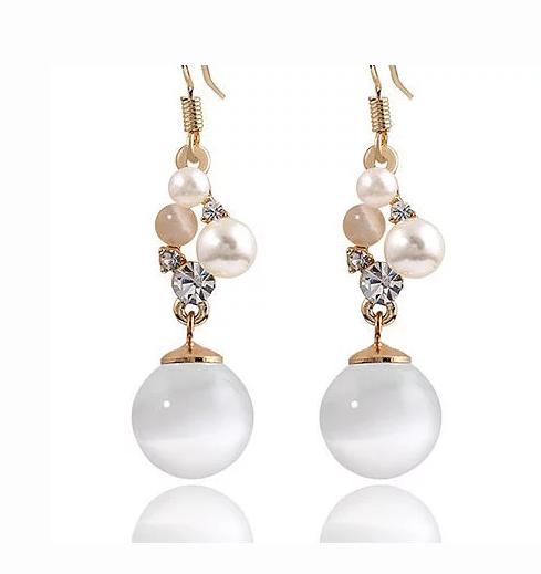 """""""Lake"""" Pearl & Crystal Earrings"""