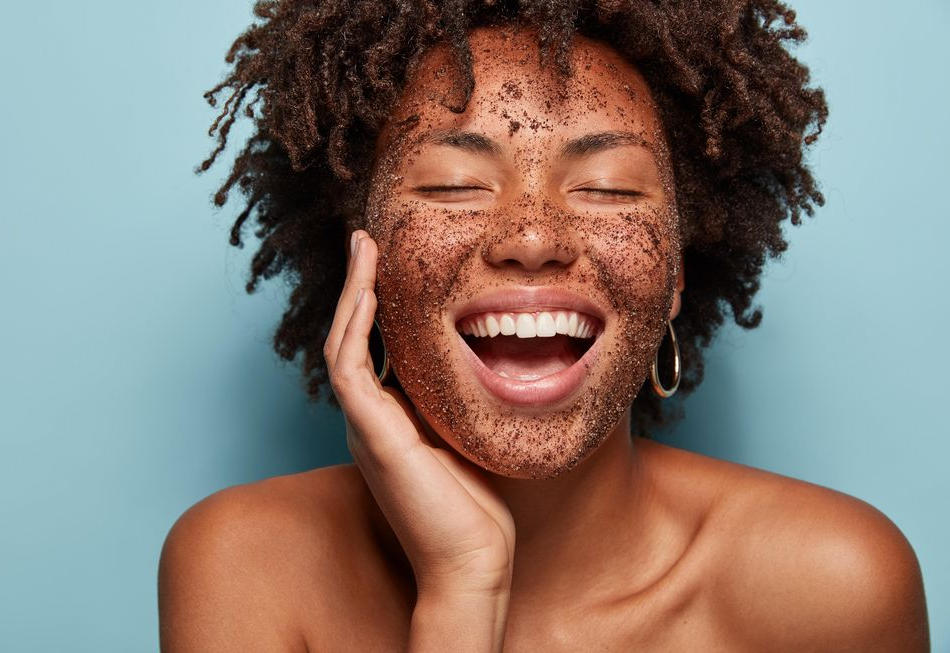 5 Simple DIY Skin Glowing Facials Straight From Your Kitchen