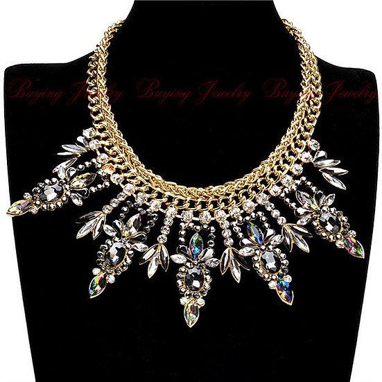"""London"" Glass Crystal Necklace"