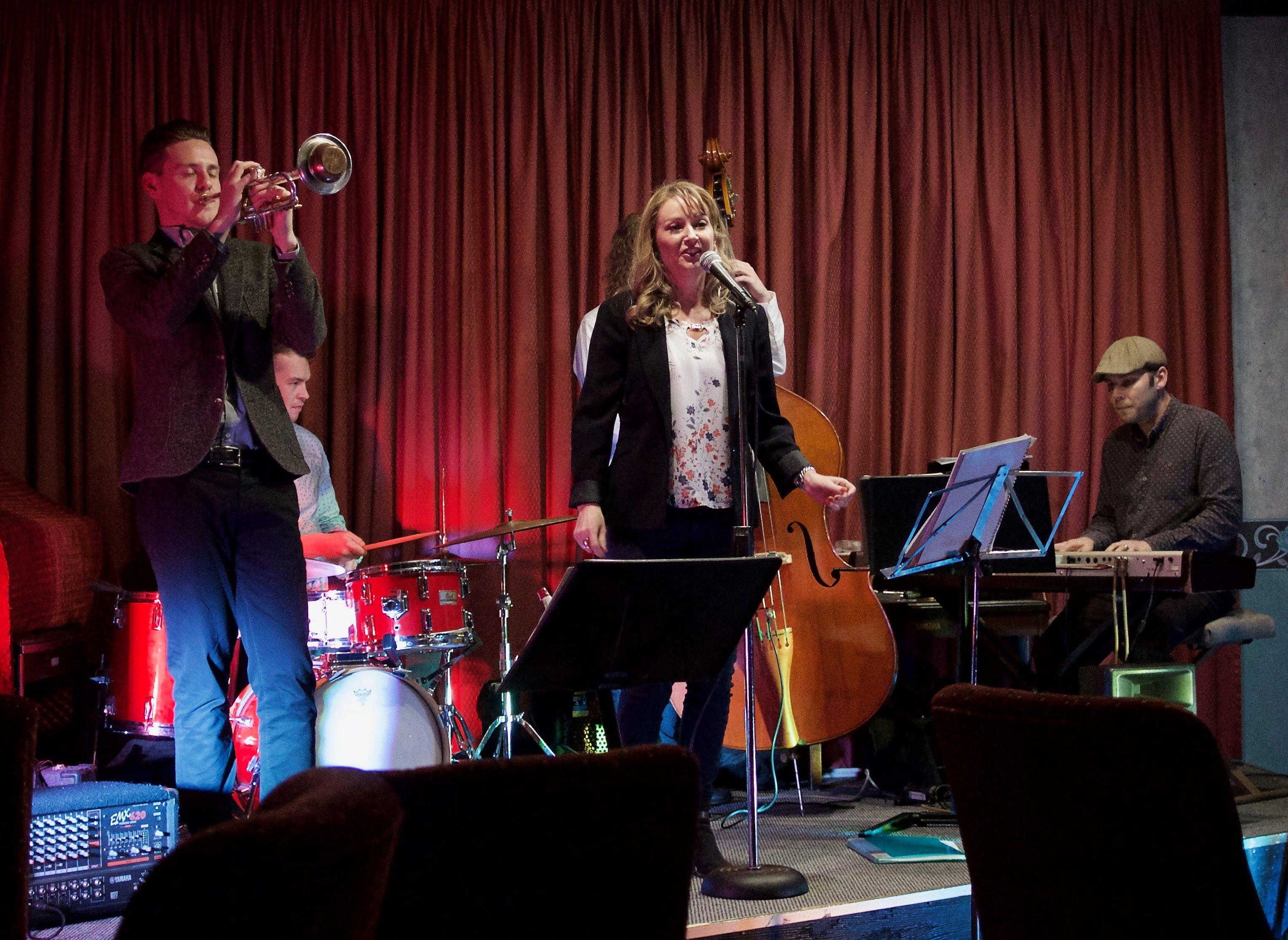 Suzanne Mott Quintet 9