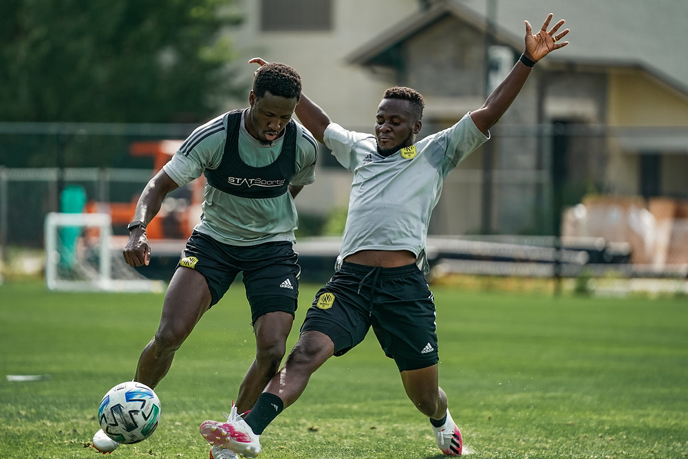 Nashville's David Accam and Abu Danladi in training