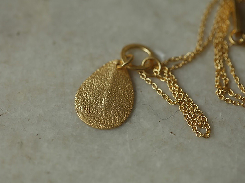 Isa Hammered Necklace