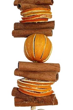 Cinnamon and Orange Garland: Heart