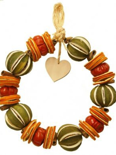 LIME CIRCLE WITH WOODEN HEART