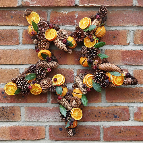 The Barbary star wreath *delivery Star Wreath