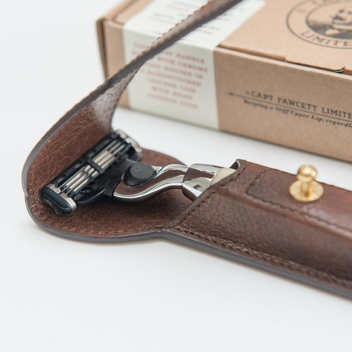 RAZOR AND HANDCRAFTED LEATHER CASE