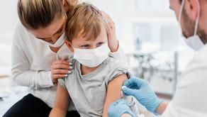 """Vaccino, Speranza: """"I pediatri per i più piccoli, la terza dose affidata ai medici di base"""""""