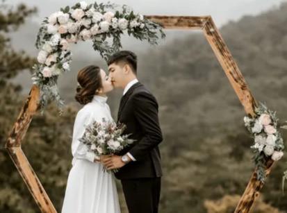 romantic%20wedding_edited.jpg