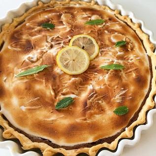 Aujourd'hui se sera tarte au citron verveine et chocolat meringuée #tarteaucitron#meringue#chocolat#tartecitronchocolat#dessert#alalettrethe