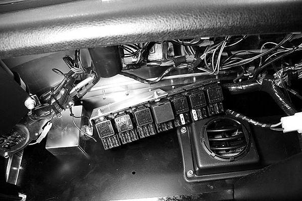 Car-Fuse-Box-Wiring.jpg