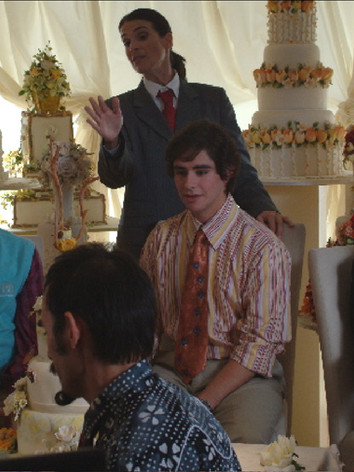 Steve & his parents meet with the wedding planner... - 2